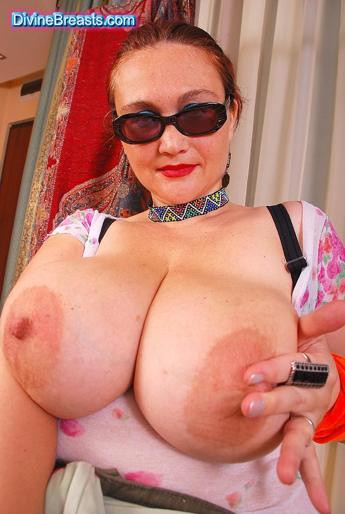 Big Tits Big Boobs Huge Breasts at Divine Breasts