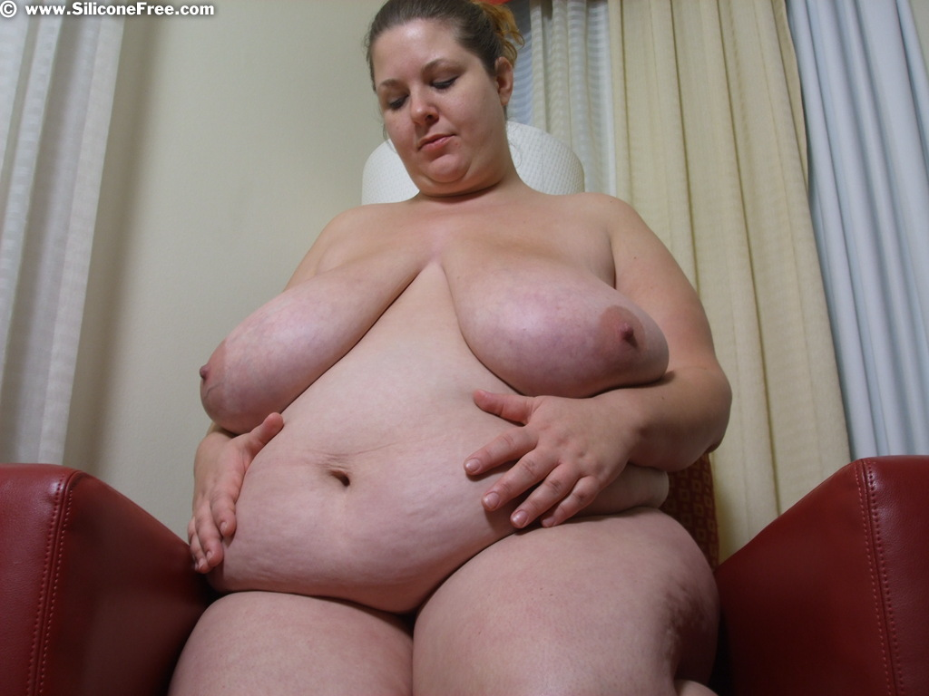 2 huge tit bbw lesbians fuck each other with strap ons 3