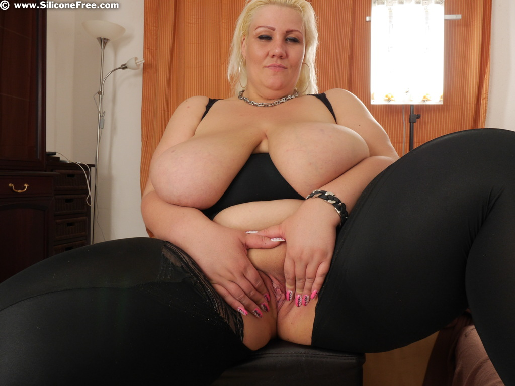 Natural huge boobs only grope 9