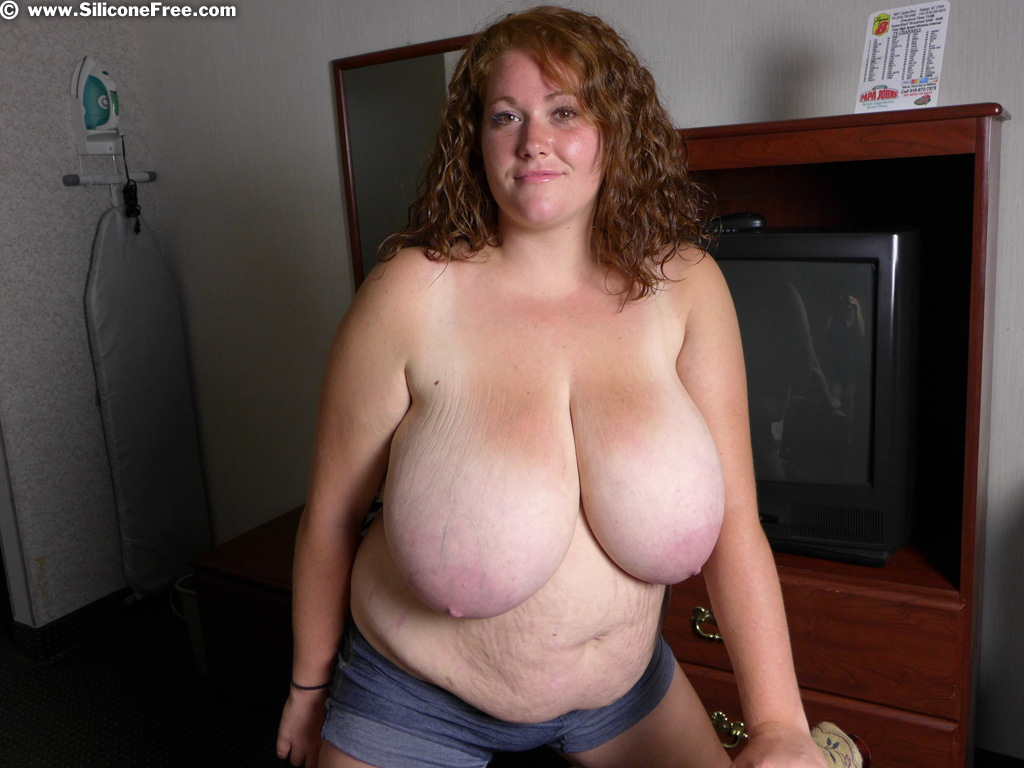 Huge naturals boobs free mobile iphone porn